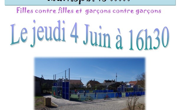 Tournoi de football sur le terrain multisports